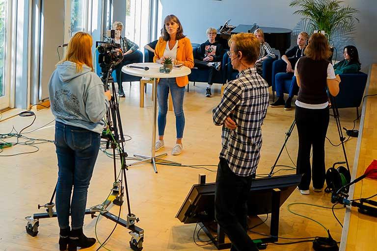Lunderskov efterskole holder digital efterskolernes dag