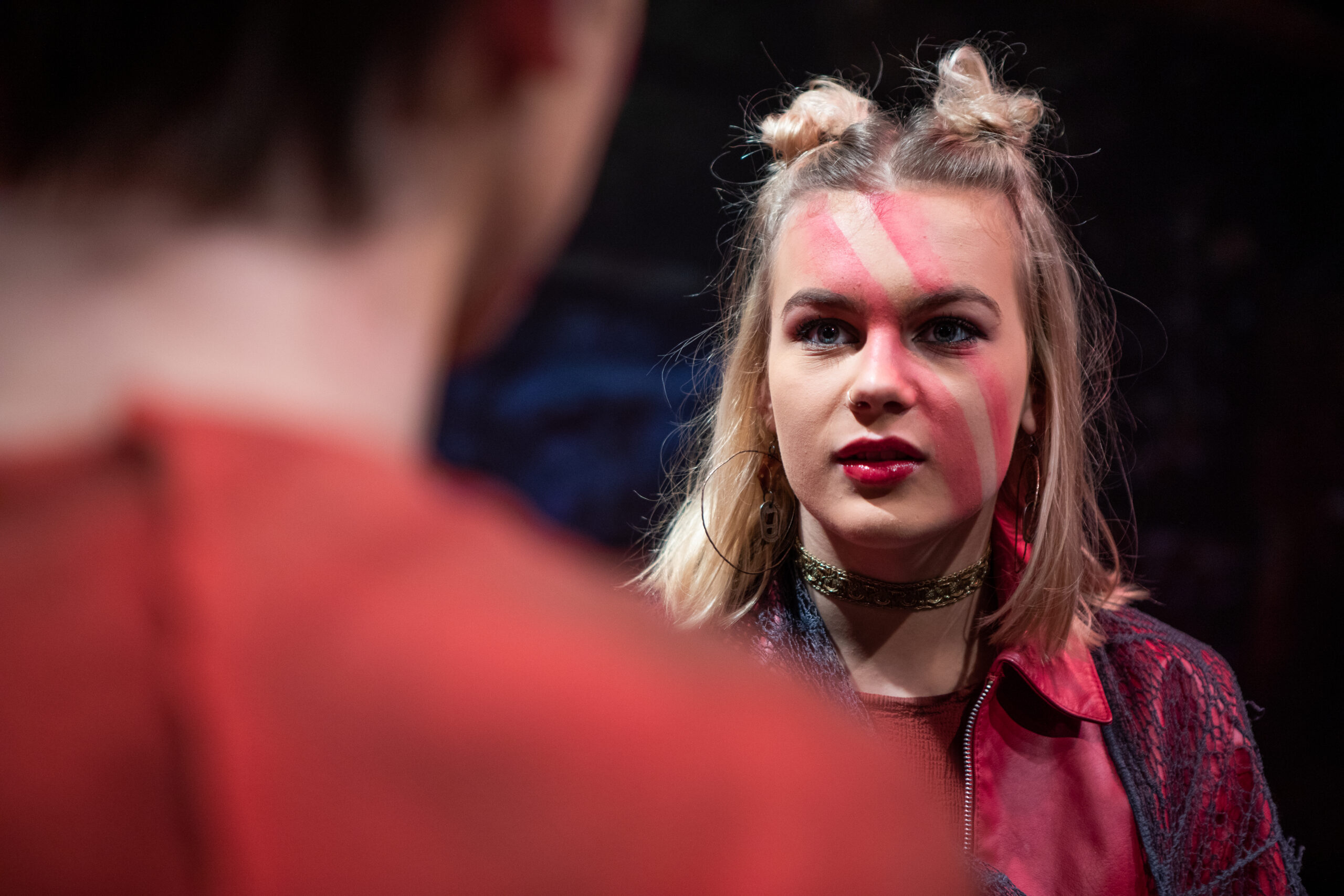 Pige i teater linjens musical